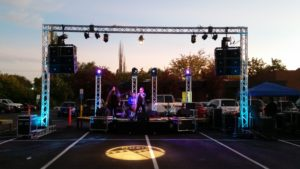 Line Array sound system with truss and theatrical lighting